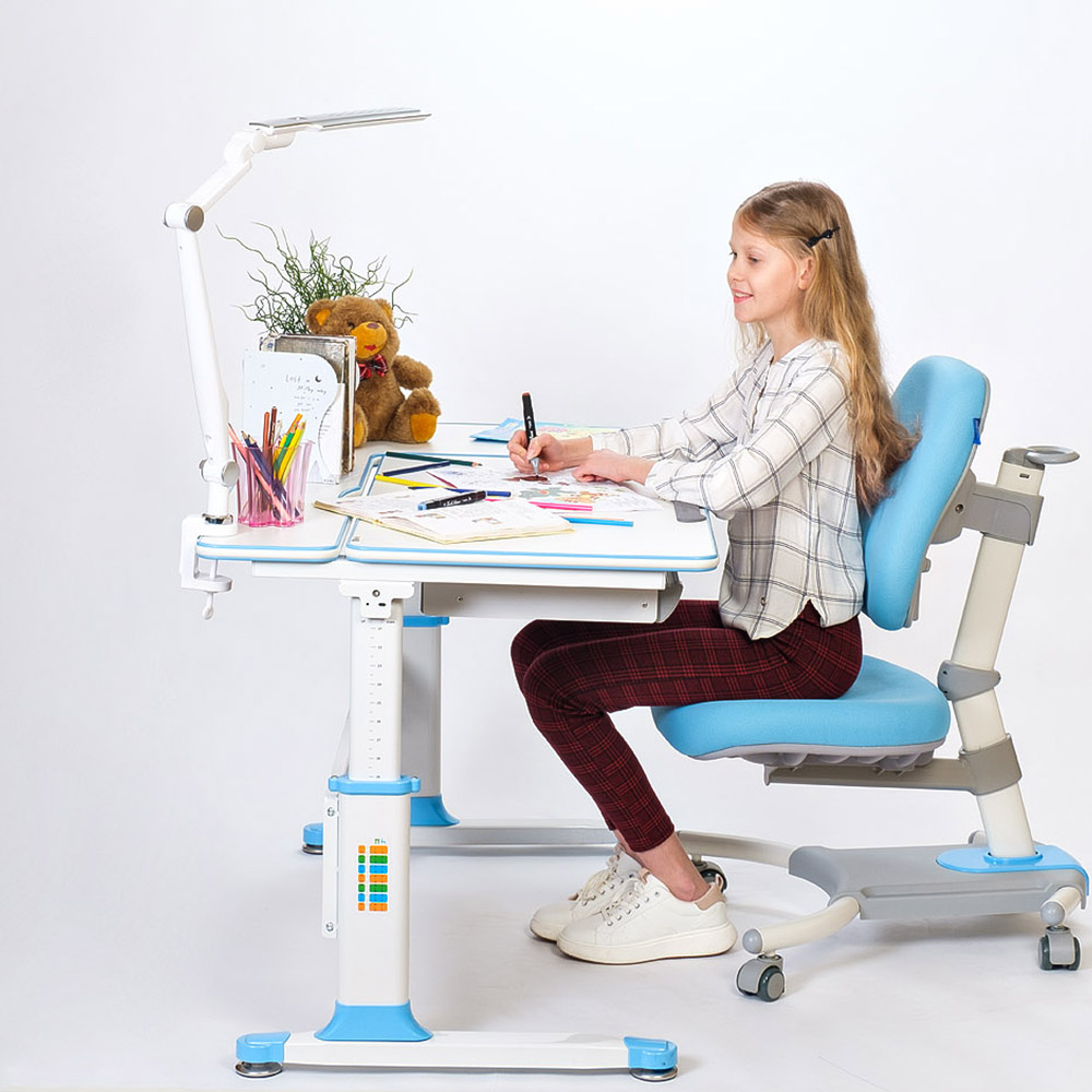 Детское кресло голубое Rifforma-33
